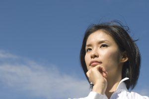 実はかなり深刻!30代女性が人知れず抱えている「人生のお悩みトップ5」