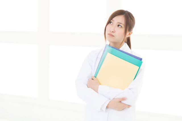 そもそも、看護師は副業が認められているの?